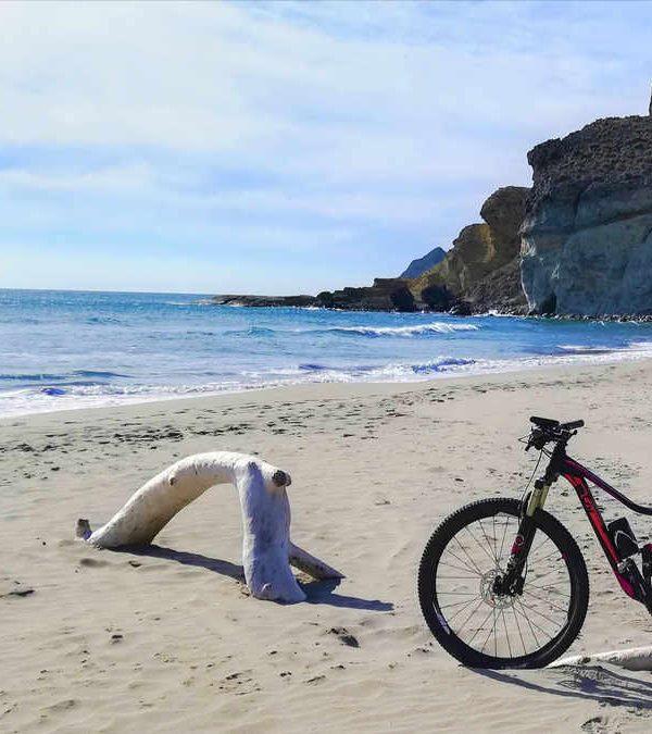 Cabo de Gata en bicicleta de montaña