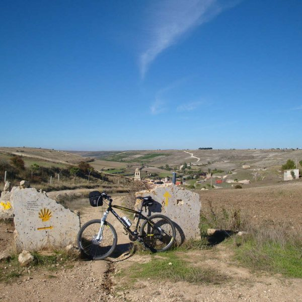 Camino de Santiago desde Roncesvalles en bici kolotrip