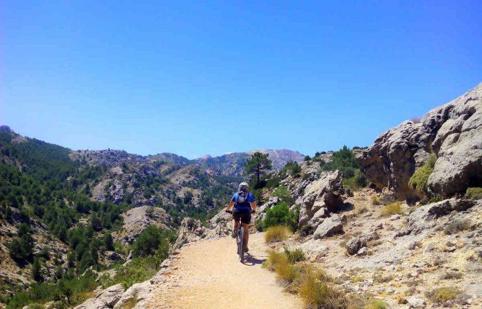 Sierra de Cazorla en BTT viajes en bicicleta por andalucia Kolotrip (5)