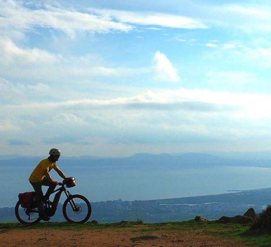 Roses en bicicleta eléctrica viaje emtb