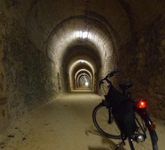 tunel del vasco navarro en bicicleta