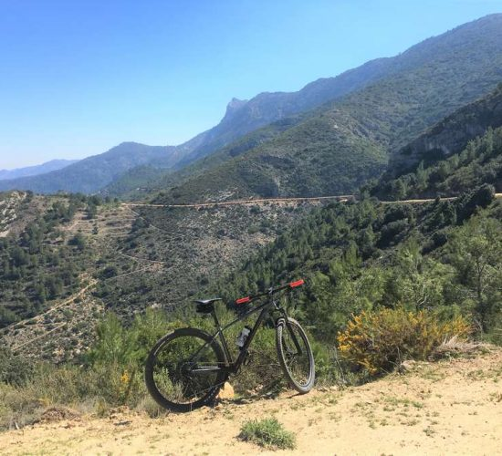 vacaciones bicicleta montaña valencia